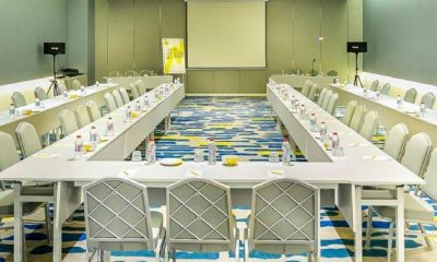 Ruangan meeting Yello Hotel Harmoni